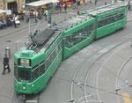 Ein schönes Foto vom Trammotorwagen Be 4/6 Nr.663 auf der Linie 16 an der Haltestelle Barfüsserplatz, Mai 2017