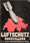 Vordere Umschlagseite des 80-seitigen Heftes «LUFTSCHUTZ-AUSSTELLUNG 13.-22-März 1936 Mustermesse Basel»  (im Besitz von Paul Bachmann)