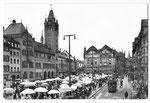 Ansichtskarte Basel.Marktplatz (Verlage Beringer & Pampaluchi Zürich)