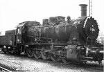 Die geschmückte Dampflokomotive BR 57 3088 im BW Haltingen, 1971