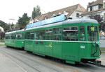 Trammotorwagen Be 4/4 Nr.461 und Anhängewagem Nr.1464 auf der Linie 16 bei der Endhaltestelle Bruderholz, 2015