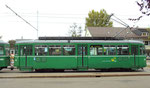 Seitenansicht des Trammotorwagens Be 4/4 Nr.461 an der Haltestelle Bruderholz, 2015