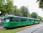 Die DÜWAG Nr.650 und 646 in Doppeltraktion an der Haltestelle Eglisee, Juli 2015. Die DÜWAG waren beim Personal und den Fahrgästen sehr beliebt.