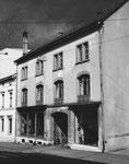 Das interessante und markante Gebäude eines Antiquitätenhändlers am Petersgraben 19 im Jahre 1983