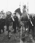 Vogel Gryff 1959. Der Leu und der Vogel Gryff um 11.30 Uhr auf der Mittleren Brücke