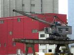 Der letzte Kran der SPEDAG im St.Johann-Hafen, 2008  (leider wurde keiner der Kräne als technisches Denkmal und als Erinnerung an den St.Johann-Hafen stehen gelassen!!!)