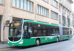 Der neue BVB-Bus Nr.7009 auf der Linie 36 an der Haltestelle Schifflände, 2015