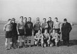 Die Geschäftsmannschaft des FC Meidinger im Jahre 1939, kurz vor Kriegsbeginn (5.v.links Torhüter Paul Wechlin)