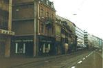 Die Aeschenvorstadt vor dem Abbruch der gesamten Häuserreihe um 1975