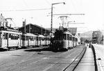 Ein Tramzug mit Motorwagen Be 2/2 Nr.165 auf der Linie 11 beim Depot Dreispitz, 1970