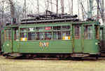 Der Trammotorwagen Be 2/2 Nr. 162 auf einem der vielen Abstellgeleisen im Eglisee, 1972