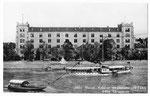 Ansichtskarte 553a Basel. Kaserne mit Dampfer und Fähre (Photo und Verlag Gebr.Frey Basel)