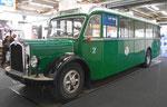 Der frisch renovierte Oldtimer-Bus Nr.2  der BVB in der Rundhofhalle an der MUBA 2016