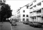 Kleinhüningen, die Dorfstrasse mit dem ehemaligen Restaurant Drei Könige, später Buchdruckerei Hutter, 1980