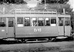 Seitenaufnahme des Trammotorwagens Be 2/2 Nr. 203 an der Endstation der Linie 3 in der Kehrschleife Burgfelden Grenze, 1969