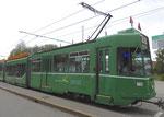 Der Trammotorwagen Be 4/6 Nr.663 an der Haltestelle Bruderholz 2016