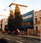 Die Gebäude der ehemaligen National Zeitung und der späteren Basler Zeitung am Aeschanplatz 1983