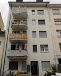 Das neue 1991 erbaute Haus Bläsiring 129 im Jahre 2018. In dem alten abgerissenen Gebäude wohnten drei Familien - im neueren Hausnun deren sechs: Spekulativer Wohnungsbau!