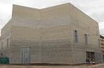 Der neue Bau und Ergänzung zum Kunstmuseum Basel im Februar 2016 (noch vor der Eröffnung)