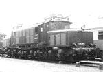 Die Güterzug E-Lokomotive der BR E-194 055 beim Bad.Bahnhof in Basel, 1979