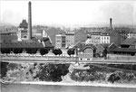 Blick vom Kleinbasel (Bläsiring) über den Rhein zum Schlachthof. Foto aus der Wohnung Schulze.