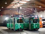 Blick ins Depot Dreispitz mit den DüUWAG-Trammotorwagen Nr.628 und 655, Oktober 2015