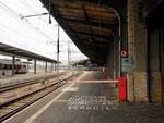 Blick von Bahnhof SBB gegen den SNCF-Bahnhof, 2016