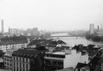 Blick gegen den St.Johann-Hafen und die Dreirosenbrücke, 1980