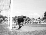 FCB-Torhüter Paul Wechlin während eines Spiels auf dem Landhof 1944-1945/ 3