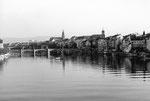 Stimmungsfoto vom Rhein mit Blick gegen die Mittlere Brücke 1970