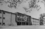 Ansichtskarte Basel. Rundhofhalle der Schweizer Mustermesse (Verlag Beringer & Pampaluchi, Zürich)