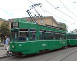Trammotorwagen Be 4/4 Nr.502 auf der Überlandlinie 14 an der Haltestelle Barfüsserplatz, Juli 2015