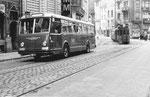 Bus Nr.44 der Linie 38, die Haltestelle Schifflände verlassend, 1969