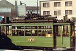 Der Trammotorwagen Be 4/4 Nr. 149auf dem Abstellgleis in Kleinhüningen, im Hintergrund die Schreinerei Lauer, 1972