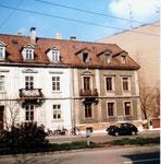 Schöne Häuser an der Klingelbergstrasse müssen einem Neubau weichen, 1983