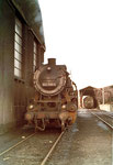 Die Dampflokomotive BR 052 799-4 im Bahnbetriebswerk Haltingen, 1970