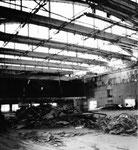Innenaufnahme während des Abbruchs der Kongresshalle (Basler Halle 8) 1982