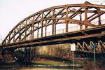 Eine der vielen DB-(Deutsche Bahn) Wiesenbrücken 1985
