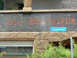Alte Hausbeschriftung «Allg.Consumverein beider Basel - ACV» in der Jungstrasse im St.Johann-Quartier 2010