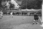 Der FCB-Torhüter Paul Wechlin im Spiel FC Brühl St.Gallen - FC Basel am 14.Juli 1941
