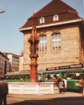 Der Fischmarktbrunnen vor der Börse im Hintergrund, Sommer1980