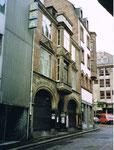 Das Warenhaus EPA und Papeterie Courvoisier an der Hutgasse 1995