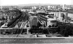 Blick von SRN-Siloturm auf den Klybeck- und St.Johann-Hafen, 1980