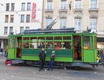 Der Trammotorwagen Be2/2 Nr. 163 mit Lyrabügel an der Haltestelle Stadttheater als Fasnachts-Comite-Unterkunft 2018