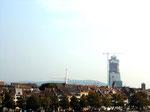 Der Bau des nicht besonders schönen ROCHE-Turmes im September 2014