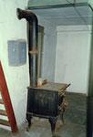 Ofen und Kochherd im Vorderhaus Bläsiring 129, 1988