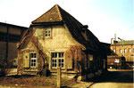 Kleinhüningen, die Schulgasse mit dem Fischerhaus Bürgen, hier noch am alten Standort ! im Jahre1985