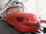 Vorderansicht des legendären und beliebten «Roten Pfeils« RCe 2/4 Nr.203 im Verkehrshaus Luzern, 2015