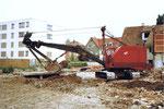 Der Musfeld-Bagger Nr.85 in Neu-Allschwil im Jahre 1982
