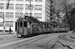 Ein Tramzug mit Trammotorwagen Be 2/2 Nr.211 auf der Linie 12 den Aeschenplatz einfahrend, 1969 (Die Linie 12 verkehrte zwischen Muttenz und der Schifflände)